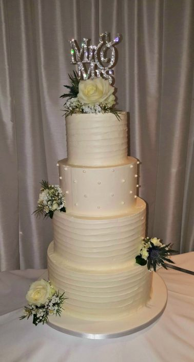 Mrs & Mrs Wedding Cake WC101