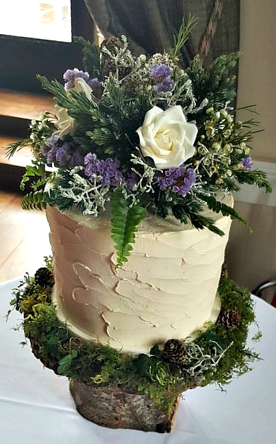 WC115-Wild-Flowers-Wedding-Cake
