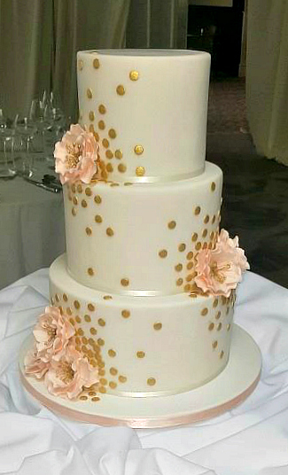 WC127-Elegant-Gold-Drops-Wedding-Cake