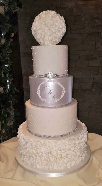 WC133 Luxe Diamante Petal Wedding Cake
