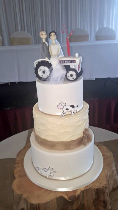 WC139 Novelty Tractor Wedding Cake