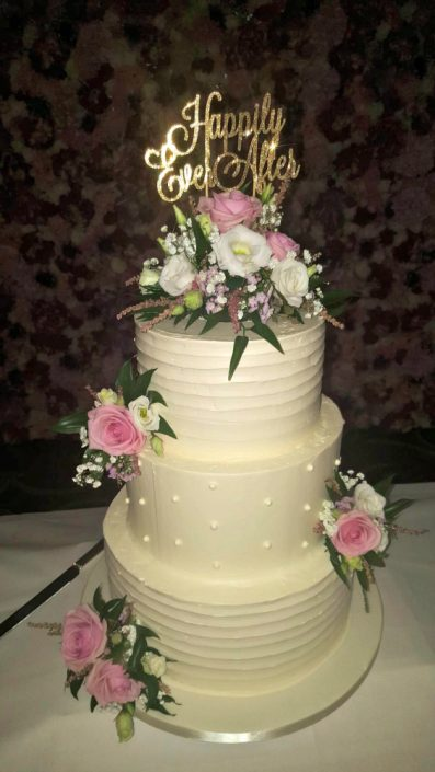 WC142 Happily Ever After Wedding Cake
