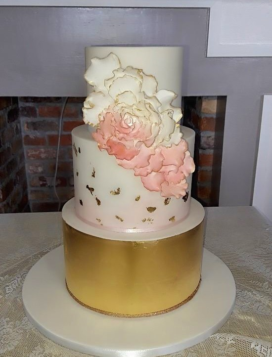 Gold Leaf Wedding Cake WC170