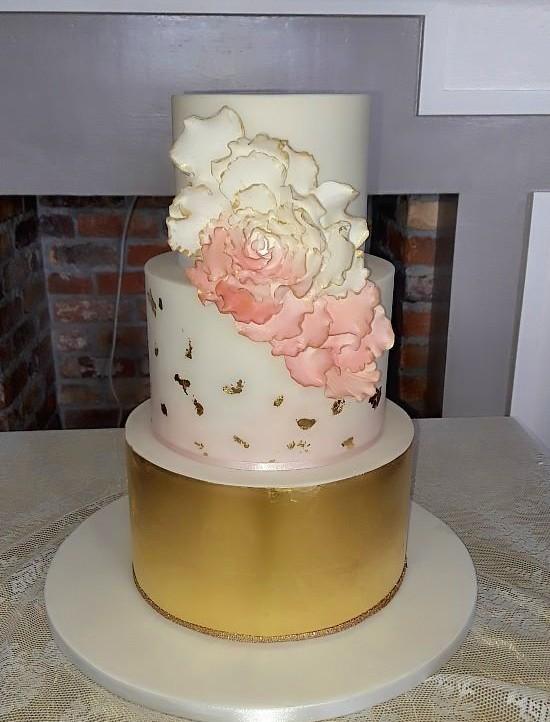 Gold Leaf Wedding Cake WC170