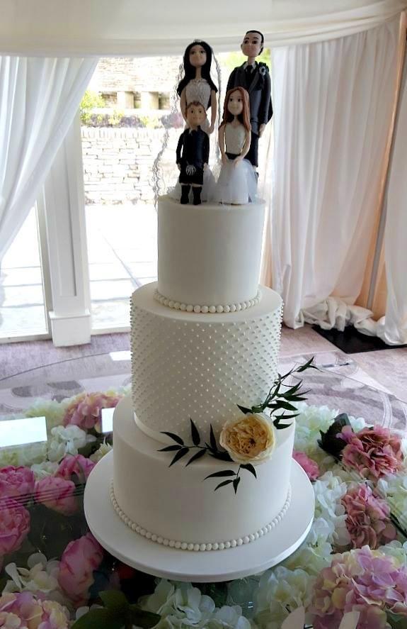 Happy Family Wedding Cake WC169