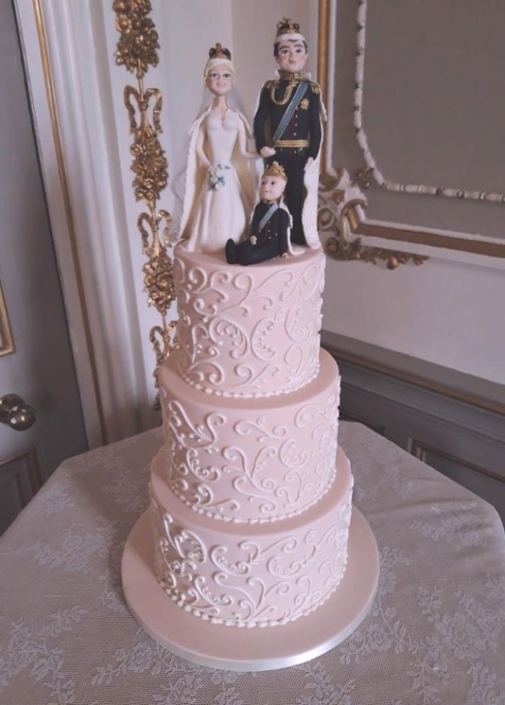 Royal Wedding Cake WC176