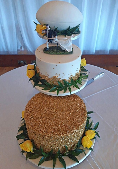 Rugby Wedding Cake WC185