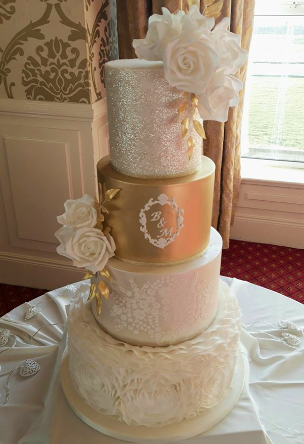 Golden Glitter Wedding Cake WC188