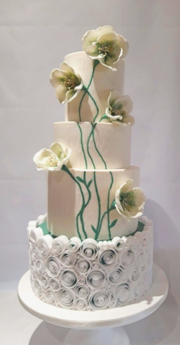 Devine Flowers and Icing Curls Wedding Cake