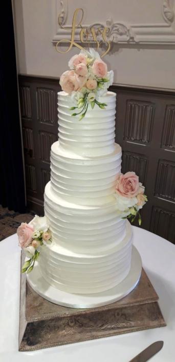 Stunning Love Ridged Icing Wedding Cake
